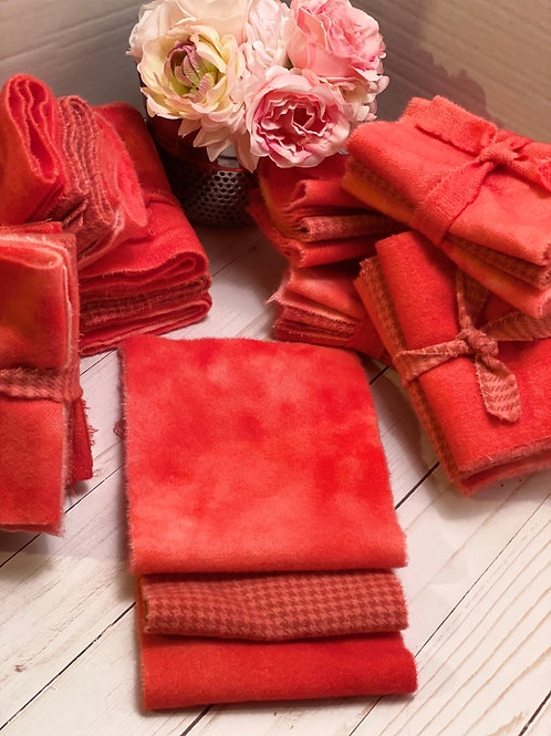 Hand Dyed Wool Roll - Shades of Pinkish