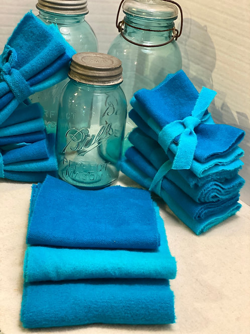 Hand Dyed Wool Roll - Shades of Blue