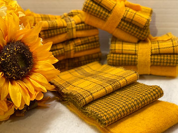 Yellow Gold Wool Roll Kelly Anns Quiltin
