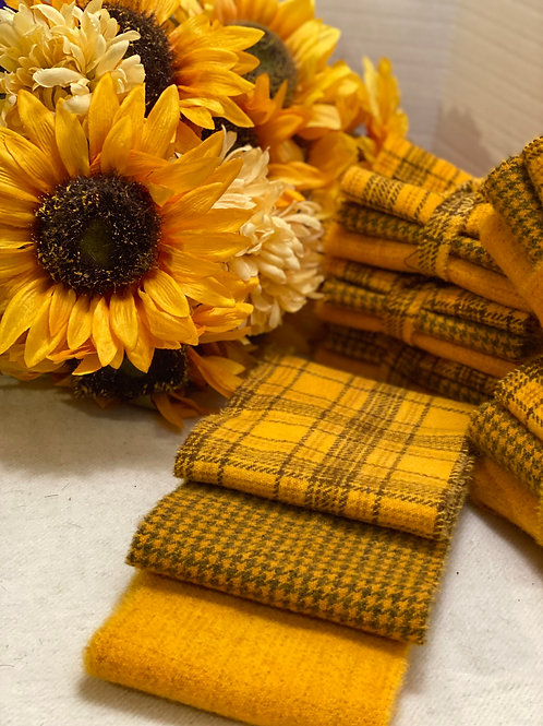 Hand Dyed Wool Roll - 3 Yellow-Golds aka Goldish