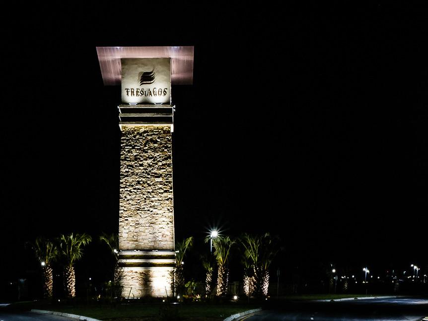 Tres Lagos Tower
