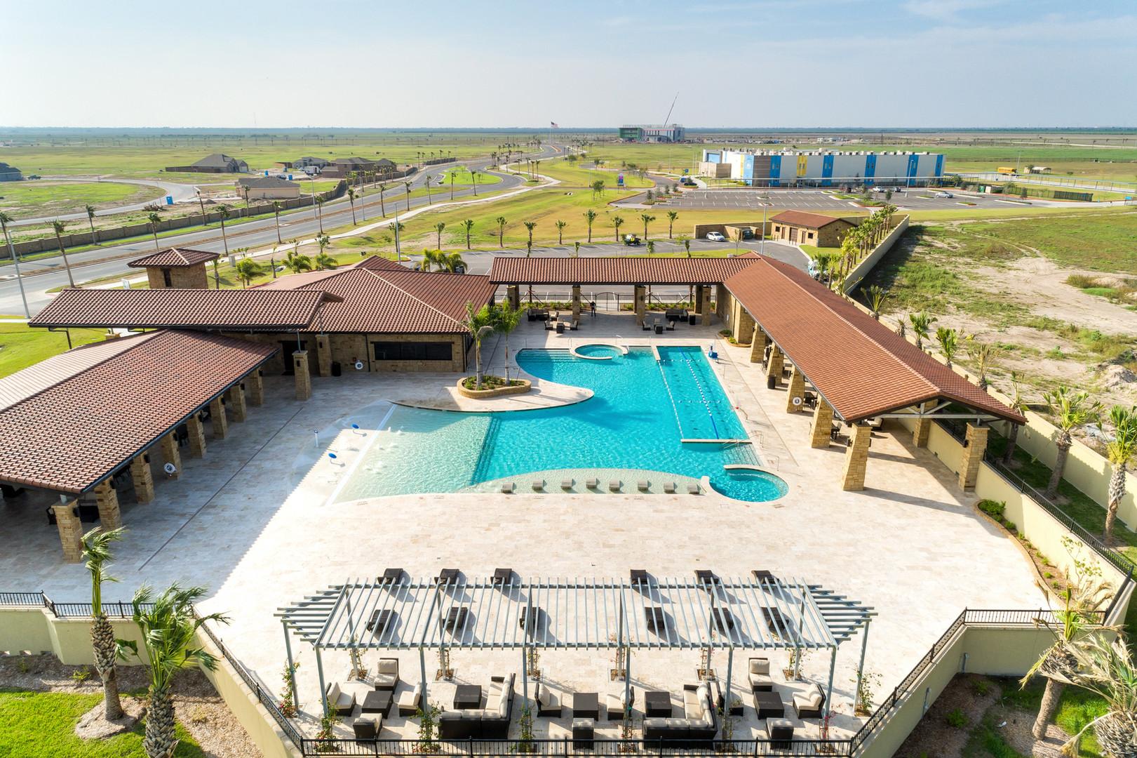 Tres Lagos Pool