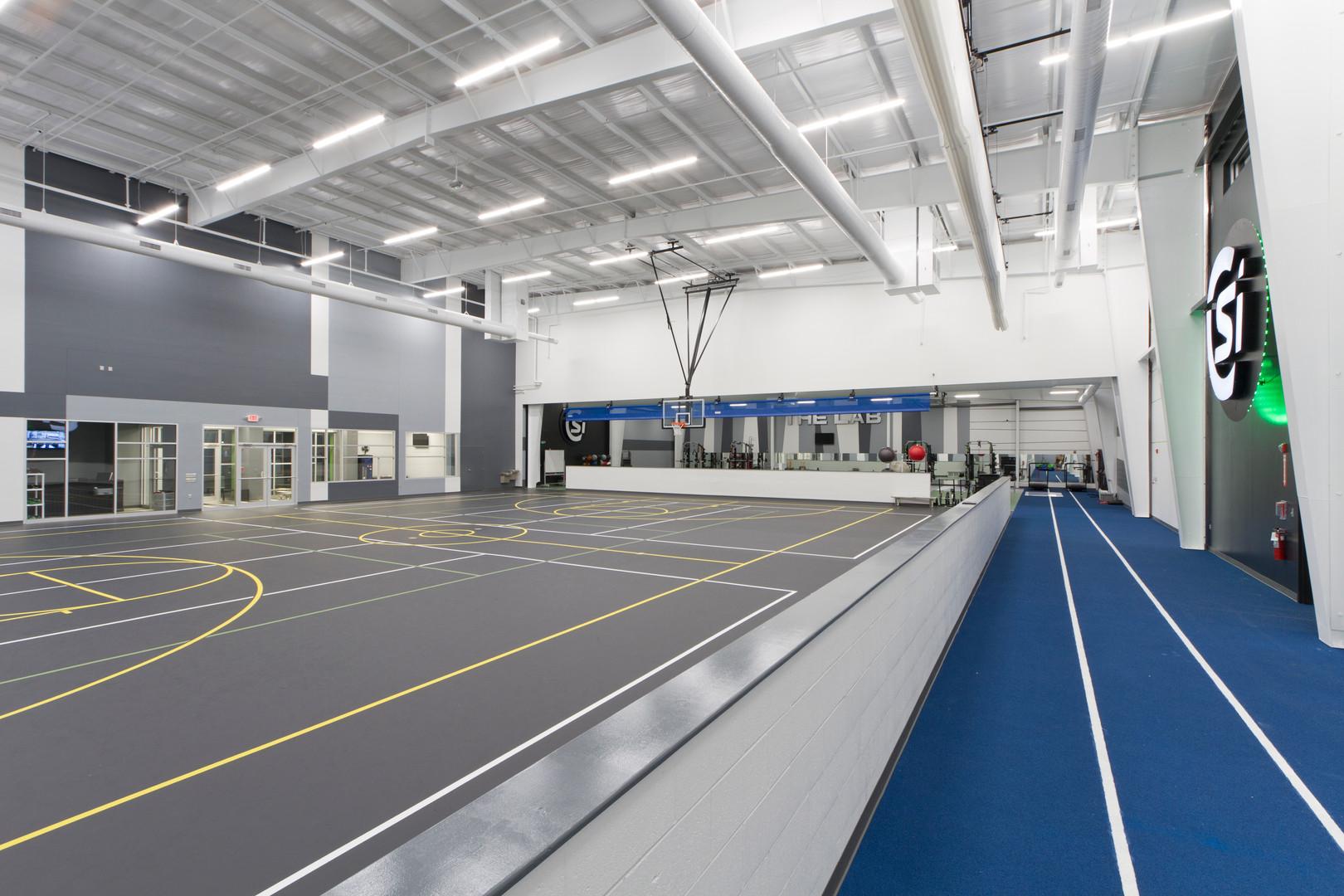 Cavazos Sports Institute - Interior 2.jp
