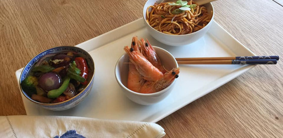 Chilli Crab Noodles with King Prawns and