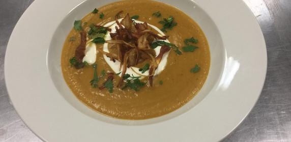 Vegetable Soup with Parsnip crisps
