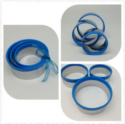 Stainless Steel Griped Round Blue Cookie Cutter