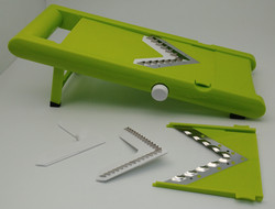 Multi-blade slicer