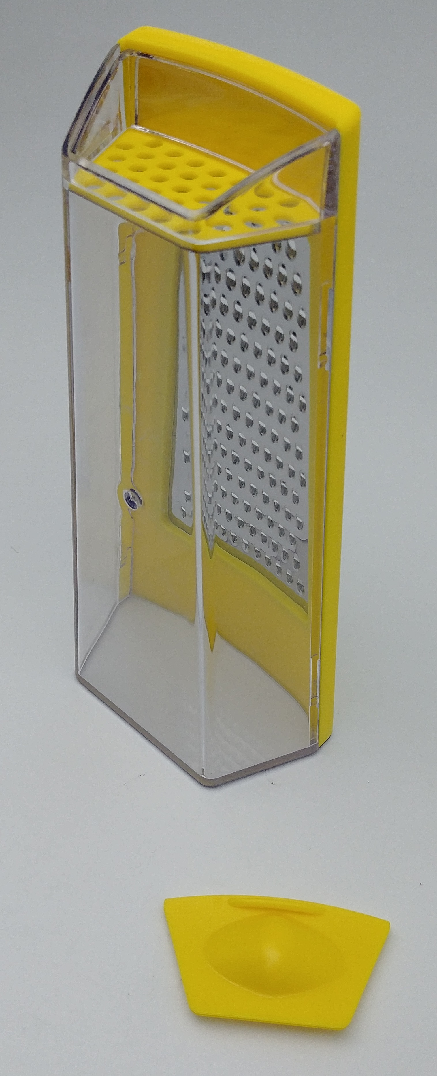 Grater with storage
