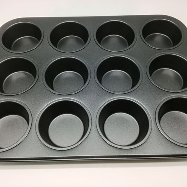 12 Cups Muffin Pan