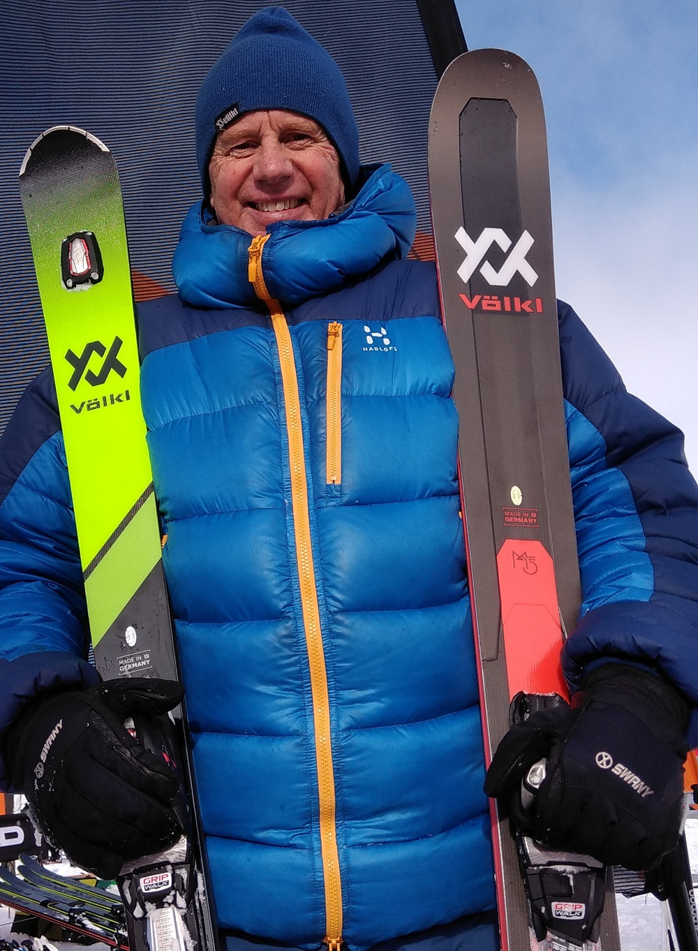 geoffmckeown holding volkl skiis