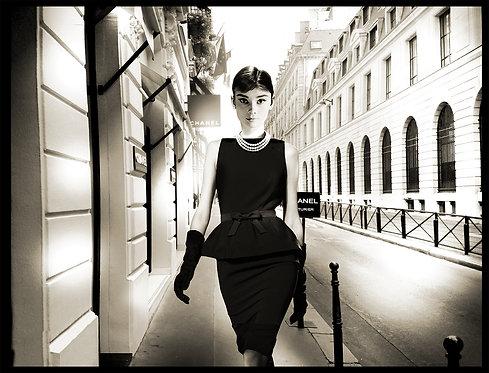 LITTLE BLACK DRESS - AUDREY HEPBURN