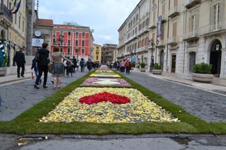 """Emozioni e colori per l'Infiorata del 31 maggio! - Emotions and colors for the """"Infiorata"""""""