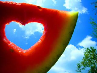 Evviva l'anguria, buona e benefica! - Hooray  watermelon, good and beneficial!