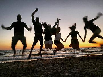 Happy @ Djerba. Ein wunderbares Meer, herrliche Sandstrände, warmherzige Menschen, tolle Ferienhäuser.