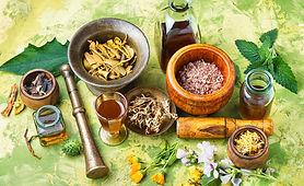 herbal-naturopathic-medicine_75924-11860
