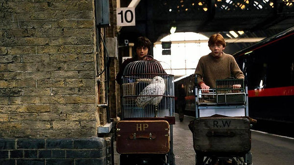 harry-potter-kings-cross-station.jpg