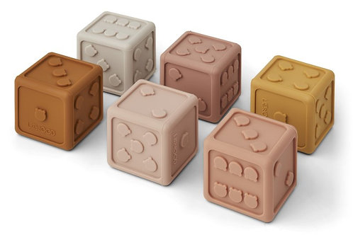 Liste Stephany Duquesnoy - Cubes de jeux Liewood