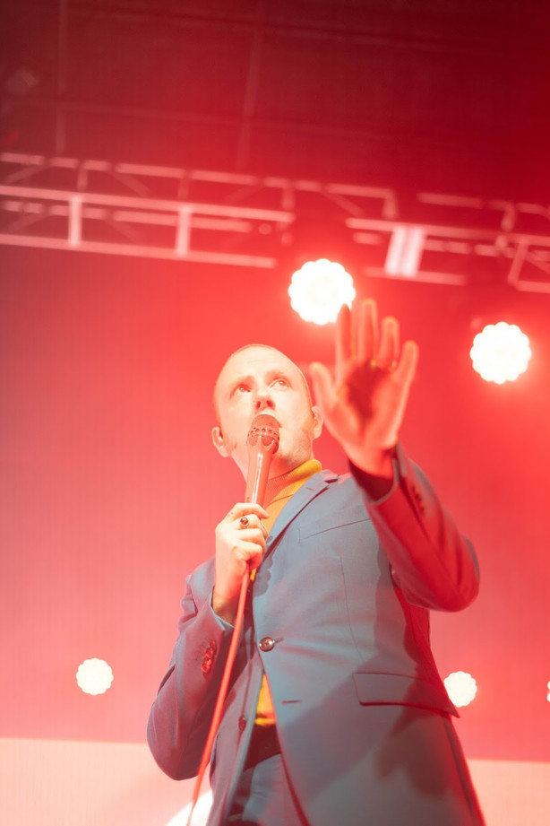 TwoDoorCinemaClub_FirstAve_092219_TéaMcL