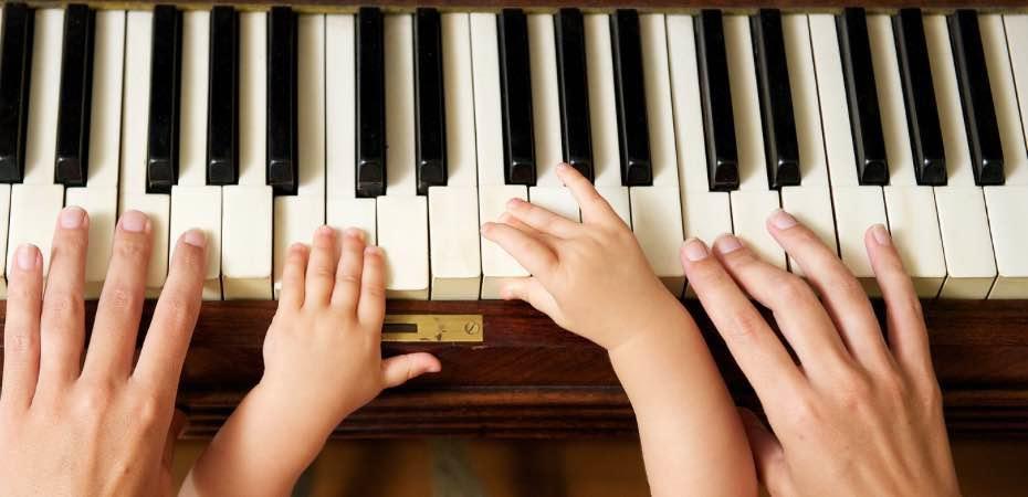 apprendre-le-piano-aux-enfants.jpg