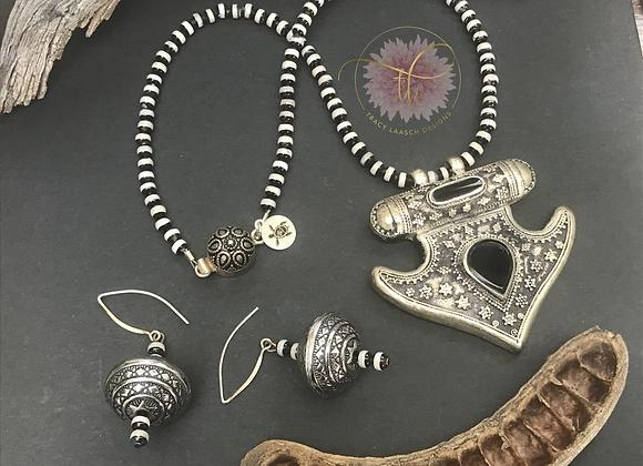 Onyx Talisman Necklace & Earrings Set