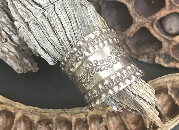 Berries on a Vine Wide Band Ring