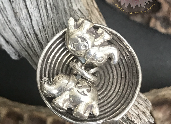 Two Elephants Dangle Charm Ring