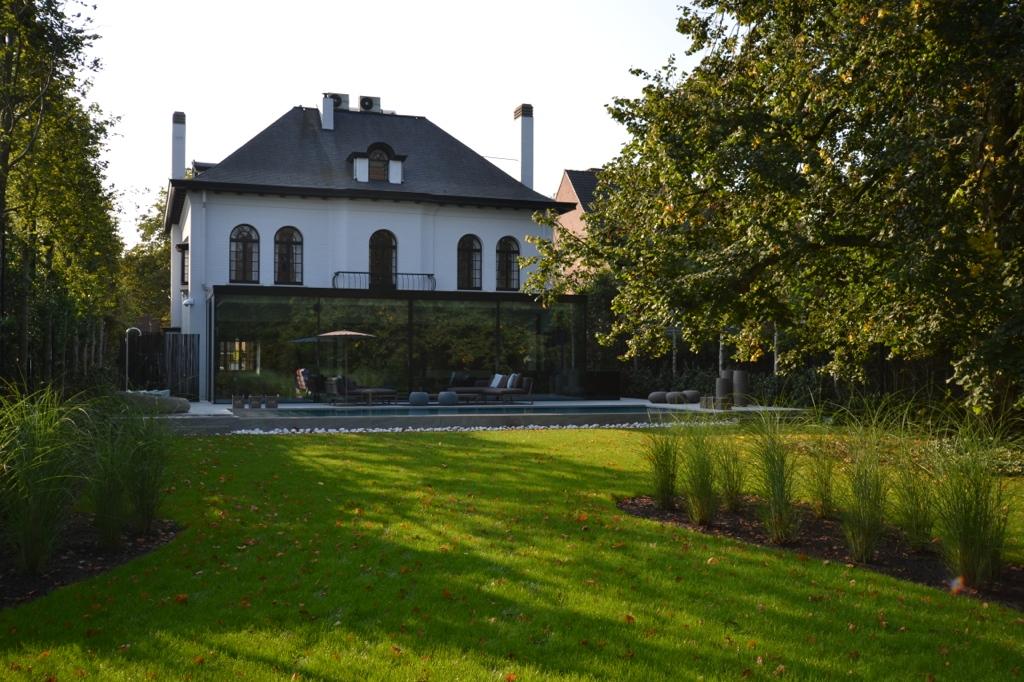Overloopbad & tuin bij Herenhuis Mol