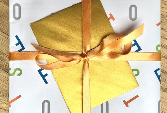Add Gift Wrapping and Card (to Special issues only)