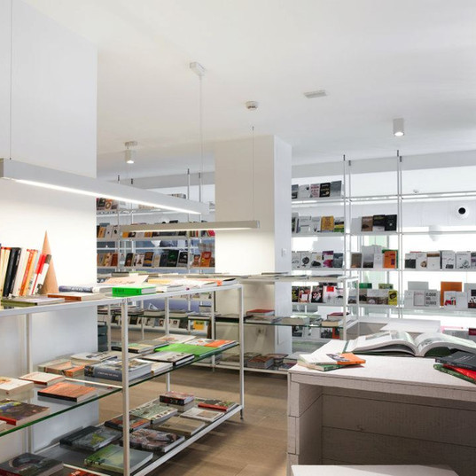 Eco Bookshop Valcucine