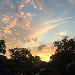 Listening to live music under THIS sky..