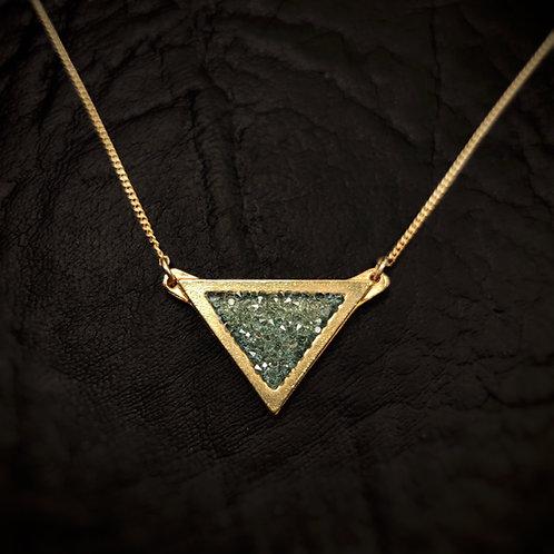 Colgante triangulo borde mate