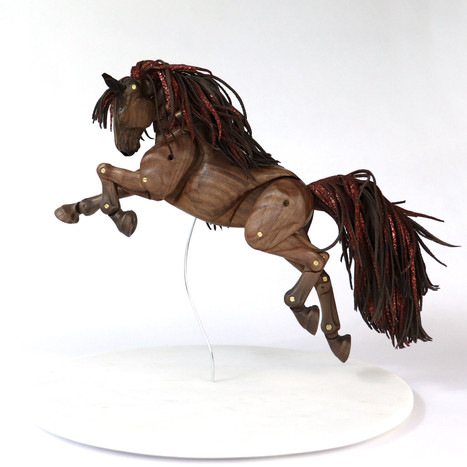 Web-The Red Horse157.jpg