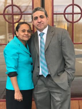Pastores Juan y Gladys Arias