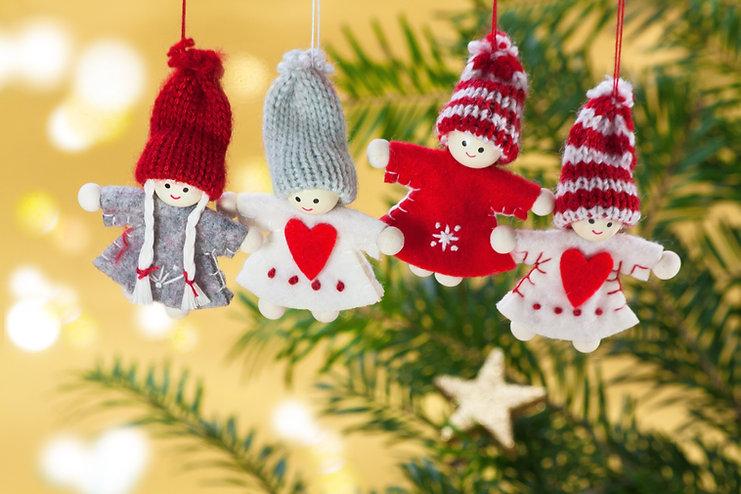 ニットクリスマスツリーのオーナメント