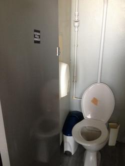 Sticker_toilet.jpg