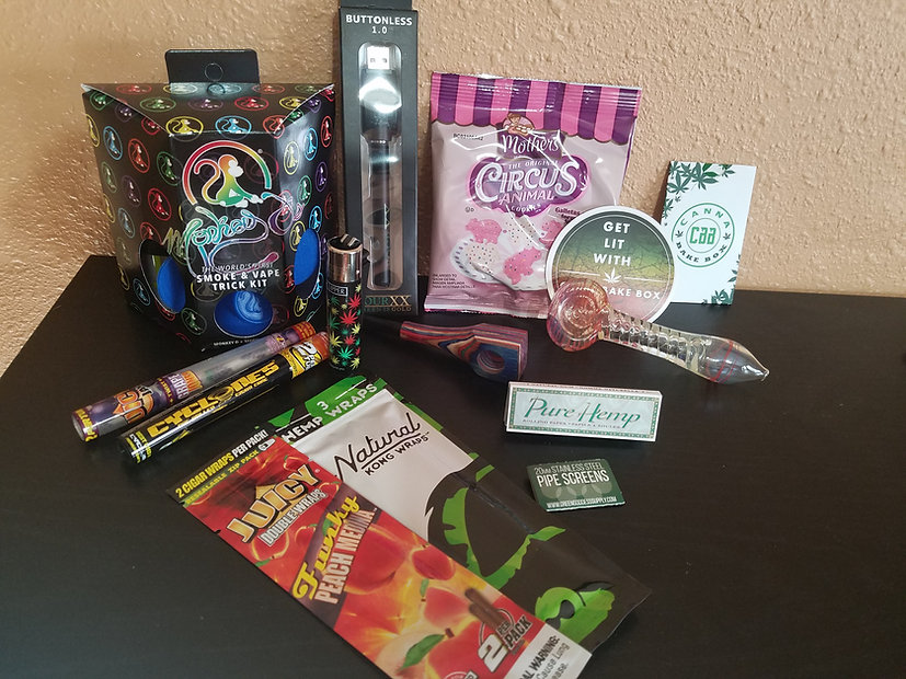 Cannabake Box review. This is a monthly weed box.