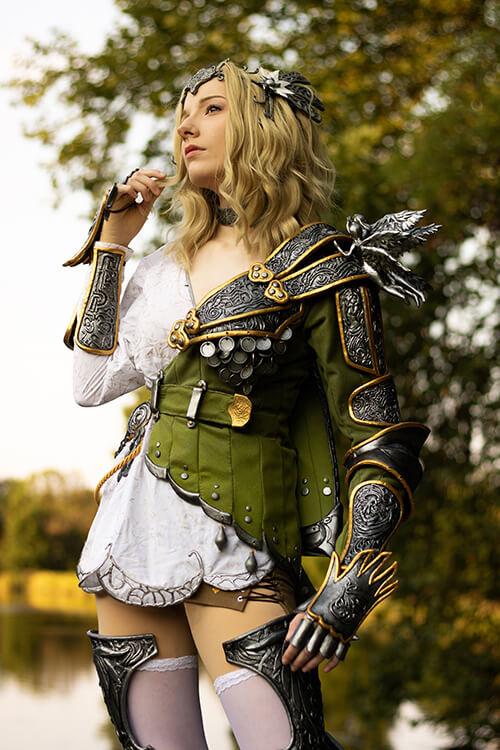 Ranger (Ignis armor) cosplay by Lisanna of drawmeacosplay