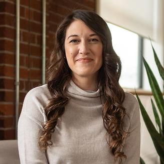 Adrienne Hotz-Oman