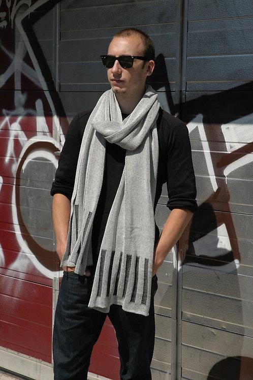 Reliëf sjaal grijs met verticale streepjes