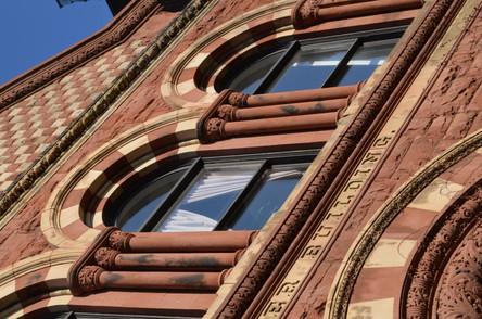 Angle Window Columns
