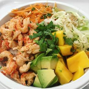 Recette : bowl riz avocat mangue écrevisse