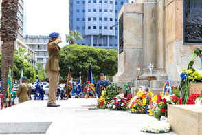 JOA Western Cape Chairperson and Descendant of WW I SANLC Casualty Honours Fallen South Africans