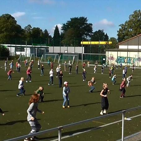 Flashmob Aktion - Tanzen in Schulen