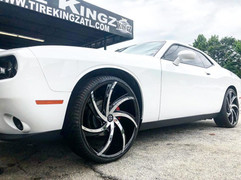 "Dodge Challenger on 24"" Massiv wheels"