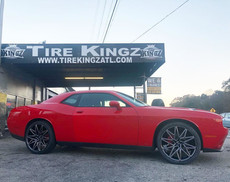 "Dodge Challenger on 22"" Ravetti wheels"