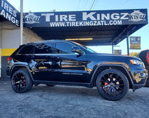 "Jeep Grand Cherokee on 22"" Replica wheel"