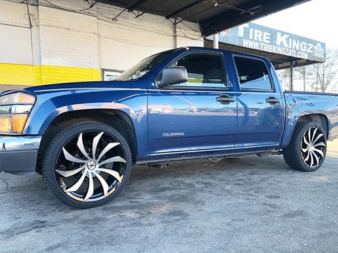 Chevrolet Colorado on Azara wheels
