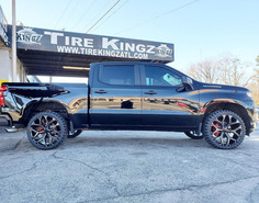 "Chevrolet Silverado on 24"" Replica Wheel"