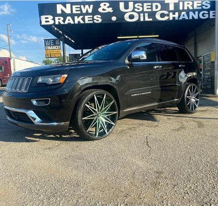 "Jeep Grand Cherokee on 24"" Blade wheels"