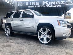 "Chevrolet Tahoe on 26"" Replica wheels"